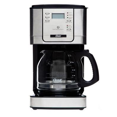 A cafeteira digital Oster permite programar o início do preparo do seu café, todos os dias. Café sempre fresquinho ao acordar ou em qualquer momento d