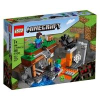 """LEGO Minecraft The """"Abandoned"""" Mine (21166) traz a ação clássica do Minecraft para a vida no mundo real, enquanto as crianças ajudam o personagem prin"""