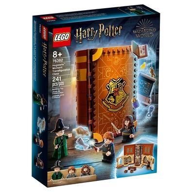 LEGO Harry Potter Hogwarts Moment: Transfiguration Class (76382) é um playset instantâneo escondido dentro de um manual de tijolos. As crianças abrem