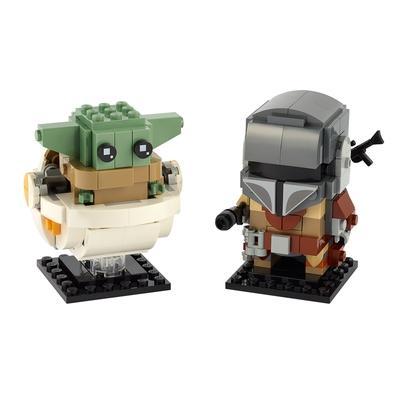 Construa versões espantosas LEGO BrickHeadz das 2 personagens mais populares de Star Wars: O Mandaloriano! Coloque um rifle blaster nas costas do Mand