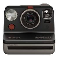 Câmera Fotográfica Polaroid Now - The Mandalorian A câmera instantânea Polaroid Now i-Type - edição Mandalorian™ foi criada para ajudá-lo a encontrar