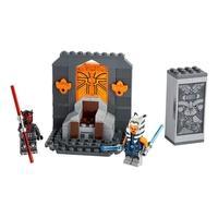 LEGO Star Wars - Duelo em Mandalore Os jovens fãs podem reimaginar a ação emocionante de Star Wars : The Clone Wars com este playset portátil Duel on