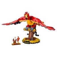 LEGO Harry Potter - Fawkes, A Fénix de Dumbledore LEGO® Harry Potter™ Fawkes, A Fênix de Dumbledore (76394) é um modelo realista da fênix icônica dos