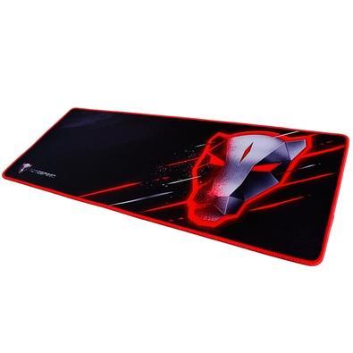 Mousepad gamer de tecido com borda costurada.Deslize ideal para jogos que exigem tracking perfeito.