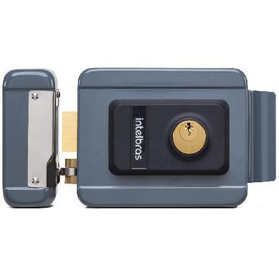 Muito segura e prática, a fechadura FX 2000 é a solução ideal para controle de acesso em ambientes comerciais ou residenciais. Disponível na cor preta