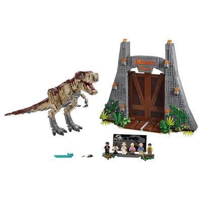 Desfrute de uma experiência avançada de construção e reviva momentos clássicos do cinema com o LEGO® Jurassic World 75936 Jurassic Park: T. rex Rampag