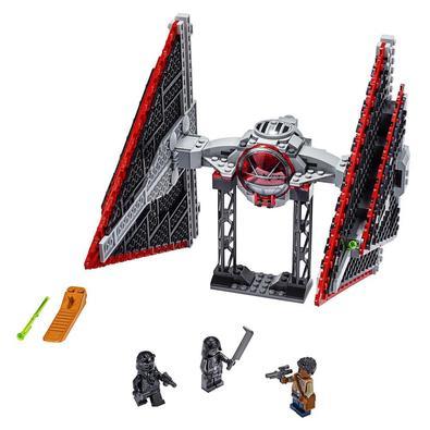 Abra uma galáxia de aventuras para os jovens com este modelo LEGO® superelegante (75272) do Sith TIE Fighter de Star Wars: The Rise of Skywalker! Poss