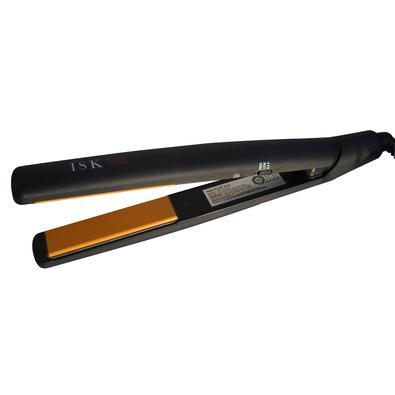 A prancha para cabelos 18K-FUOCO é utilizada nos melhores salões da Europa e USA. Seus patins são revestidos com tríplice composto cerâmico de altíssi
