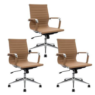 A Cadeira Diretor Boston é uma sofisticada mobília para compor ambientes profissionais ou particulares. Seu design é atemporal a harmoniza com qualque