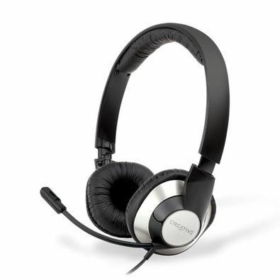 O headset Creative ChatMax HS-720 oferece fala e áudio precisos para tornar a experiência de bate-papo online ou jogos de PC com amigos mais agradável