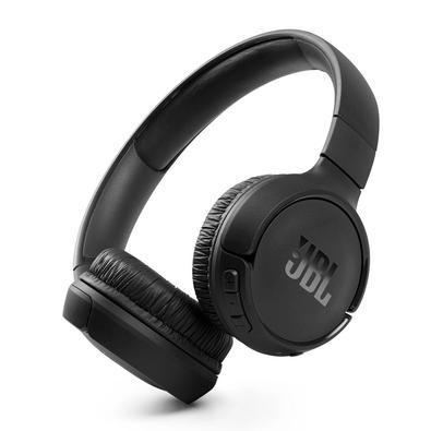 Os fones de ouvido JBL Tune 510BT oferecem o potente som JBL Pure Bass sem fios.  Fáceis de usar, esses fones de ouvido proporcionam até 40 horas de