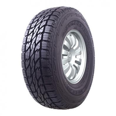 O pneu Giantsaver A/T possui uma estrutura extremamente reforçada aumentando sua durabilidade, ele se destaca em estradas de terra por possuir sulcos