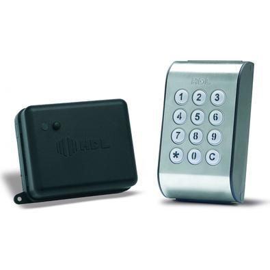 O Módulo de Acesso com Teclado é um equipamento microprocessado, que permite a abertura de fechaduras e/ou dispositivos através de um sistema de senha