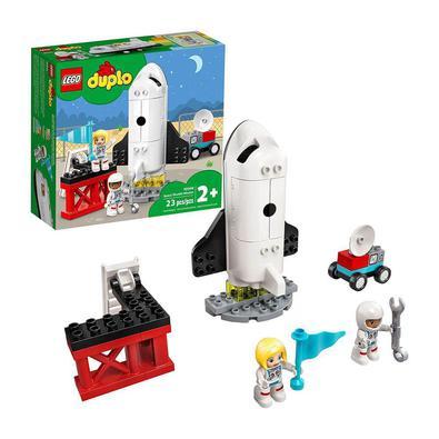 Ofereça a uma criança o brinquedo LEGO DUPLO Town Missão de Ônibus Espacial (10944) e observe sua imaginação e capacidades de desenvolvimento subirem