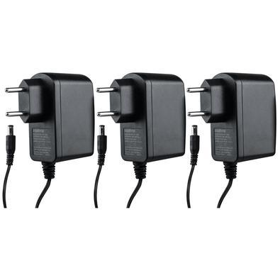 A fonte EF 1202 é projetada para dispositivos 12 V com consumo de até 2 A. Ela possui proteção contra curto-circuito e sobrecarga, prevenindo danos de