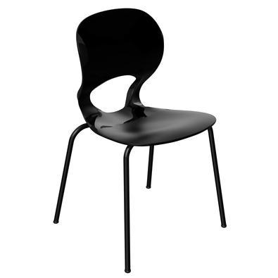 Tutti, a cadeira que promete agradar a todos. Com linhas retas e traços harmônicos a Cadeira Tutti é capaz de compor com qualquer ambiente conferindo